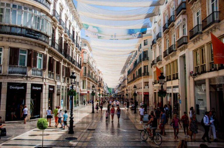 How to get the most of Malaga - Marqués de Larios Street by Mstyslav Chernov
