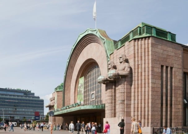 An extraordinary weekend in Helsinki - Central Railway Station by Diego Delso