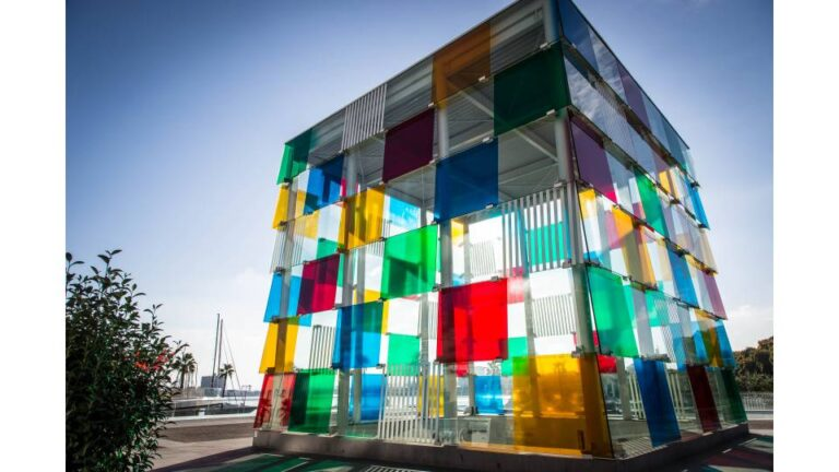 How to get the most of Malaga - Quay One - Pompidou Centre by Adrian Scottow