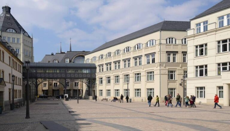 How to spend one remarkable day in Luxembourg City - Judiciary City by Pudelek