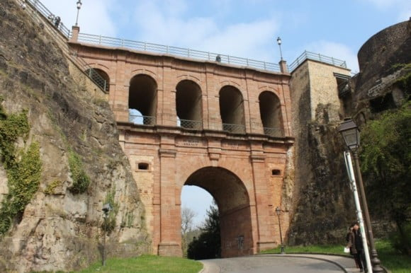 How to spend one remarkable day in Luxembourg City - Castle Bridge Schlassbréck by Zinneke