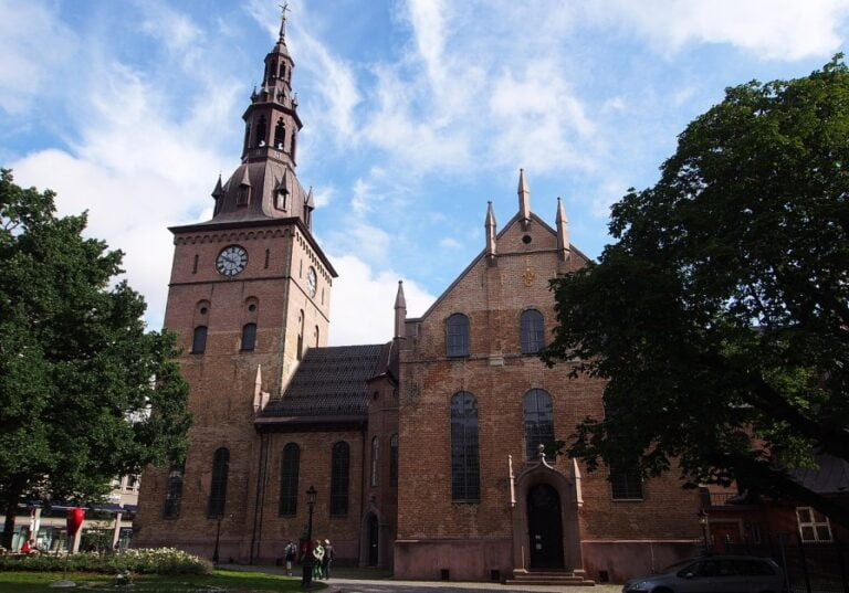 What to see in Oslo in 2 days - Oslo Cathedral by rheins