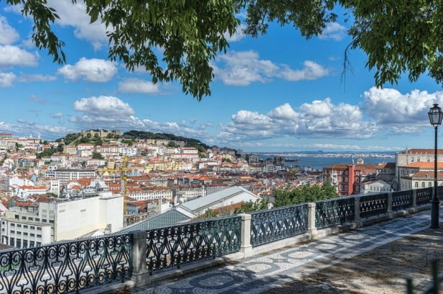 Lisbon in 2 days - Saint Peter of Alcantara Viewpoint by Jean-Christophe BENOIST