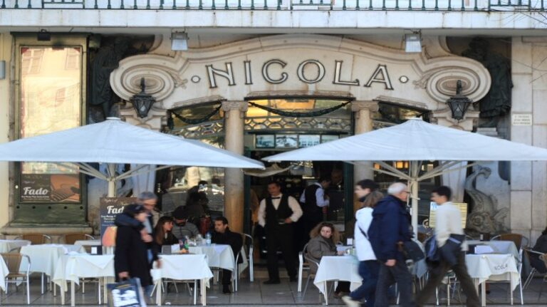 Lisbon in 2 days - Rossio Square - Cafe Nicola