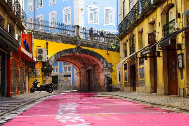 Lisbon in 2 days - Pink Street