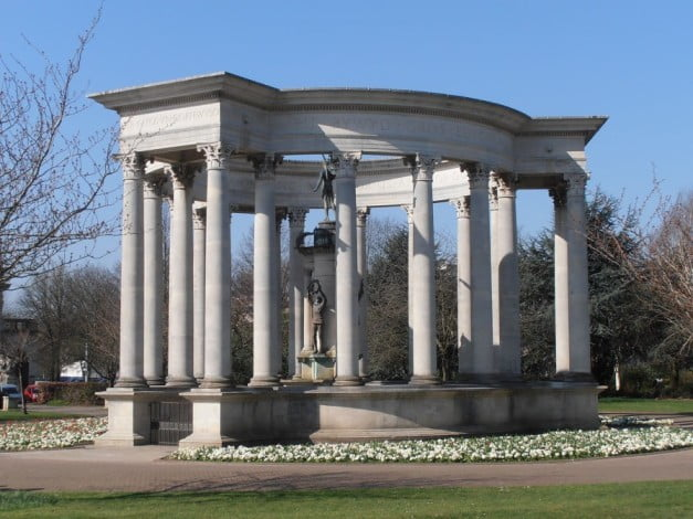 How to get the most of Cardiff in one entertaining day - Welsh National War Memorial by Ham