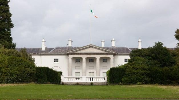 Dublin - Phoenix Park - Áras an Uachtaráin by William Murphy
