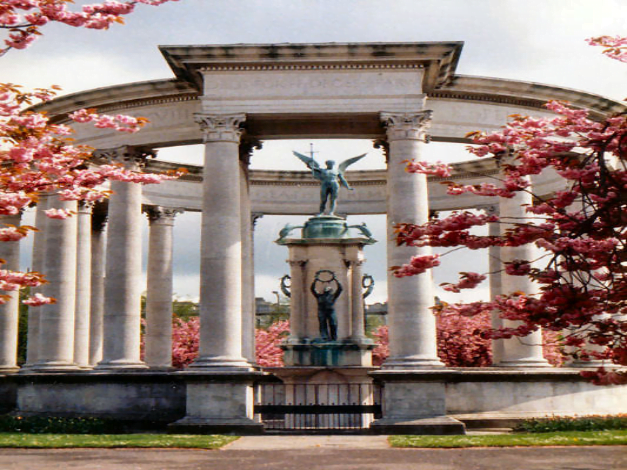 Welsh National War Memorial by Keith Edkins
