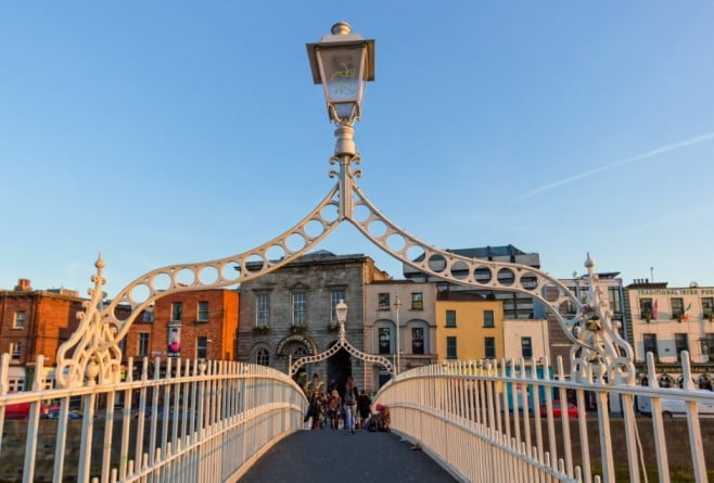 A two-day adventure in Dublin - Ha'penny Bridge