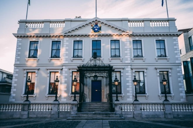A two-day adventure in Dublin - Mansion House
