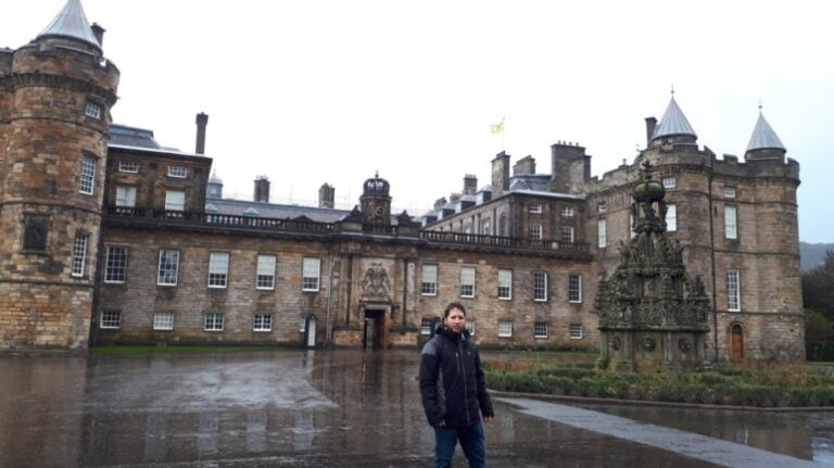 Edinburgh in 2 days - Palace of Holyroodhouse
