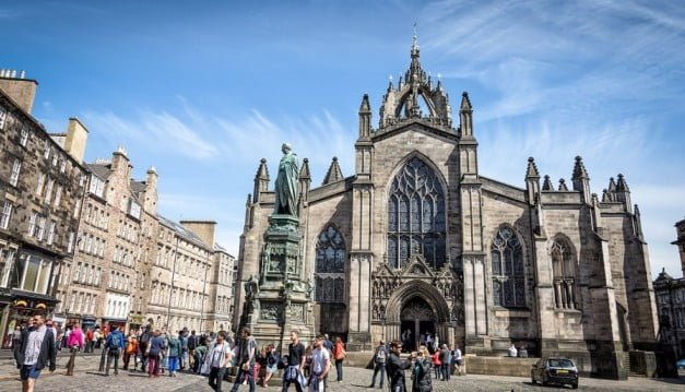 Edinburgh in 2 days - St Giles Cathedral by Gary Campbell-Hall