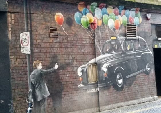 One day in Glasgow itinerary - The World's Most Economical Taxi by Michel Curi