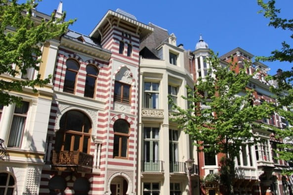 Amsterdam in 2 wonderful days - Zevenlandenhuizen by Fred Romero