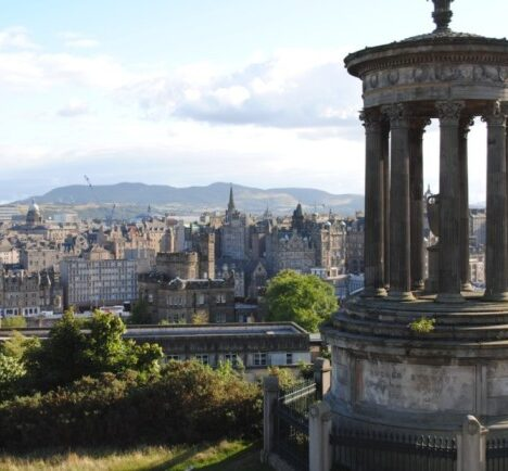 Edinburgh in 2 amazing days