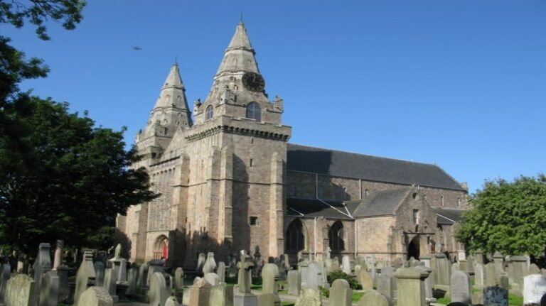 Scotland and Scottish Highlands: a 4-day road trip itinerary - Aberdeen - St Machar's Cathedral by G Laird
