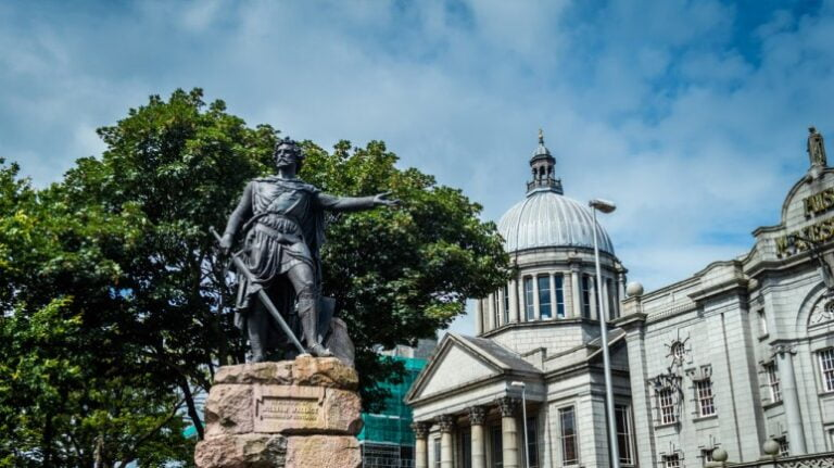 Scotland and Scottish Highlands - Aberdeen - William Wallace Statue by Peter Moore