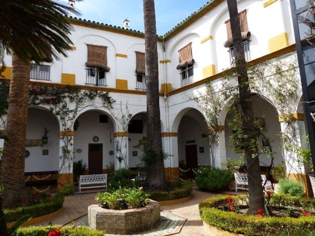Seville - Las Dueñas Palace by Benjamín Núñez González