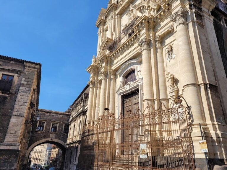 Catania- Via Crociferi