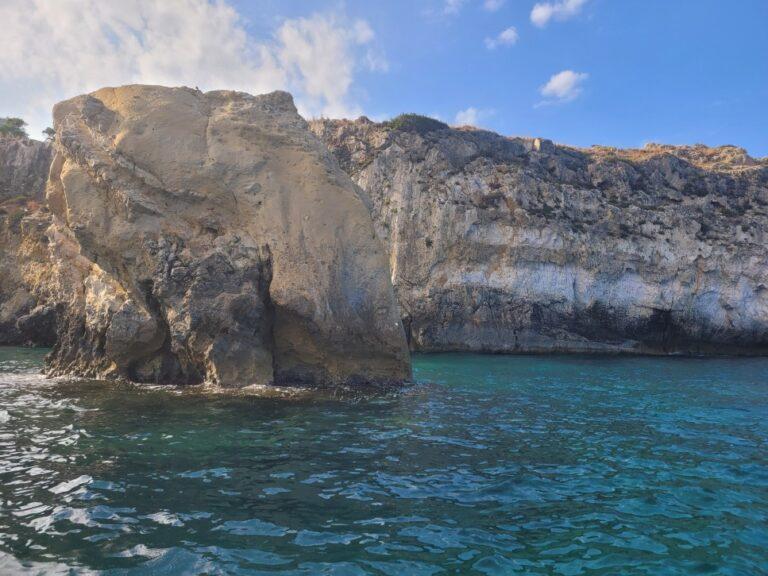 An unforgettable 2-week road trip through Sicily - Syracuse - Boat Tour