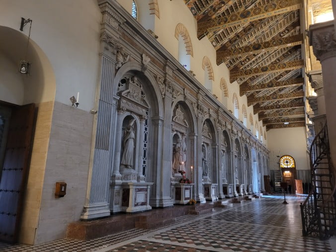 An unforgettable 2-week road trip through Sicily (part 2) - Messina - Cathedral Interior