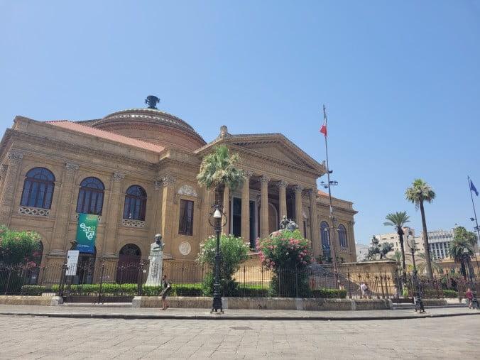 An unforgettable 2-week road trip through Sicily (part 2) - Palermo - Massimo Theatre