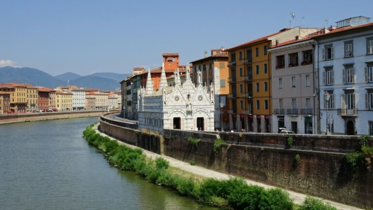 A 2-day walking itinerary of Pisa, Italy - Church of St Mary of the Thorn by Maurizio Abbiateci