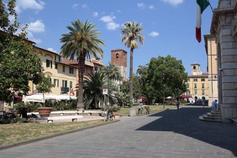 Pisa - Dante Alighieri Square by Luca Aless