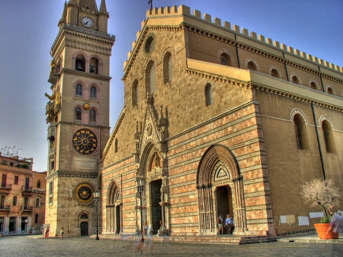 An unforgettable 2-week road trip through Sicily (part 2) - Messina - Cathedral by Al Ianni