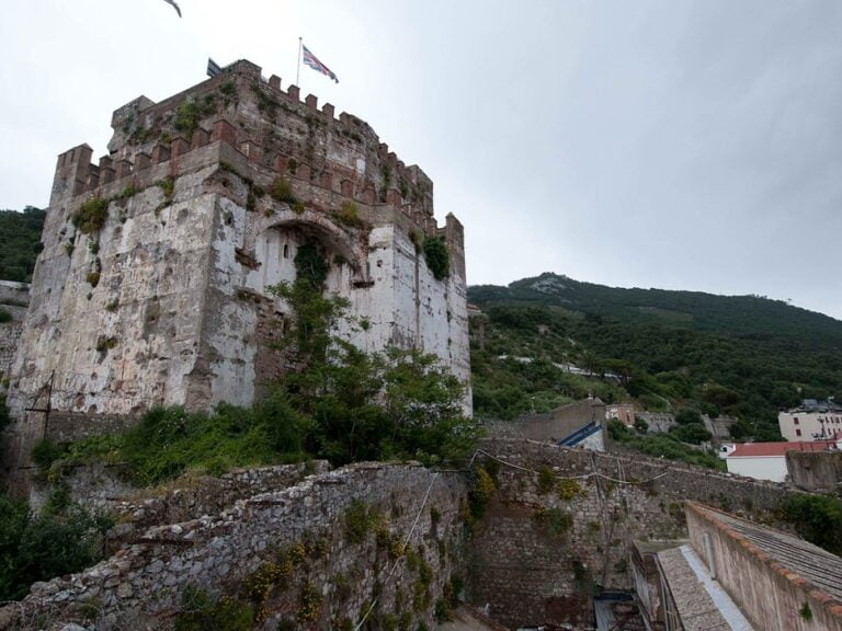 One surprising day in Gibraltar - The Moorish Castle by AquilaGib