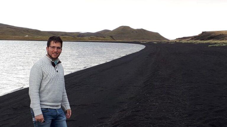 Exploring Iceland's stunning southwest - Lake Kleifarvatn