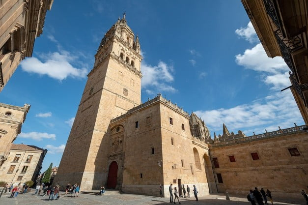 A delightful Spanish Road Trip through the Castiles - Salamanca - Old Cathedral by xiquinhosilva