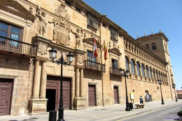 A delightful Spanish Road Trip through the Castiles - Soria - Palace of the Counts of Gómara by santiago lopez-pastor